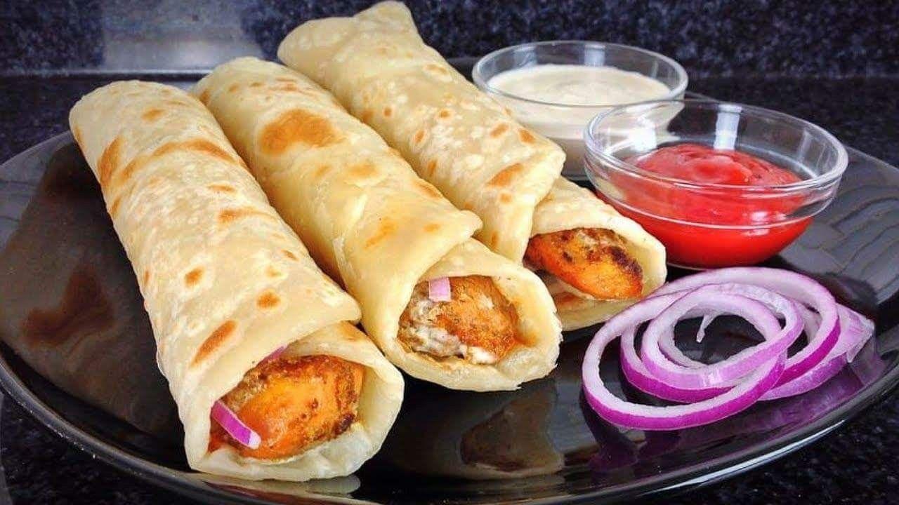 Roasted Chicken Paratha Roll - روسٹڈ چکن پراٹھا رول