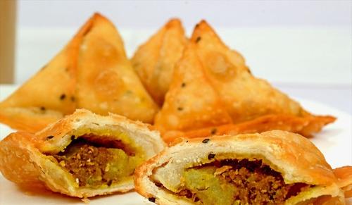 Chicken Samosa - چکن سموسہ