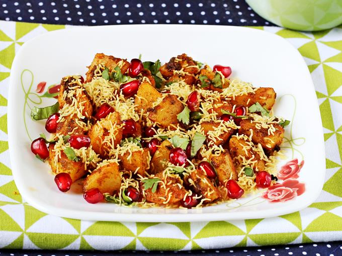 Aloo Chaat Recipe - آلو چاٹ ریسیپی