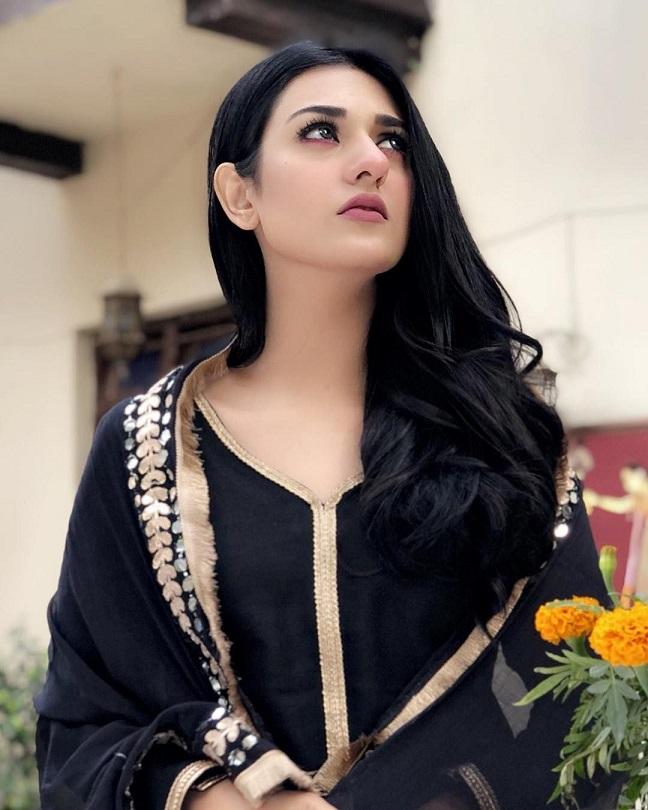 Sarah Khan back dress