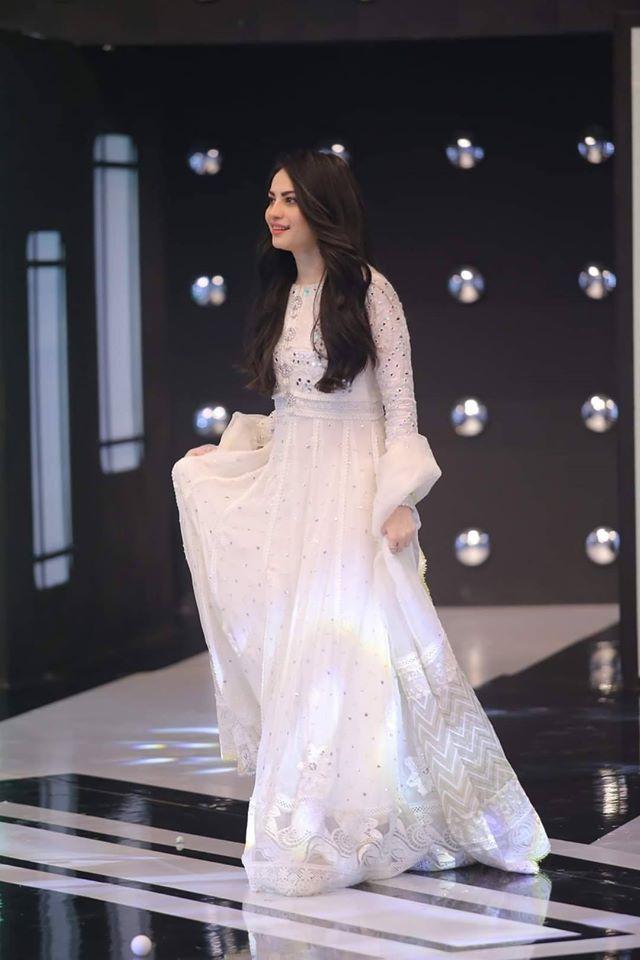 Beautiful Neelam Munir in Jeeto Pakistan Show