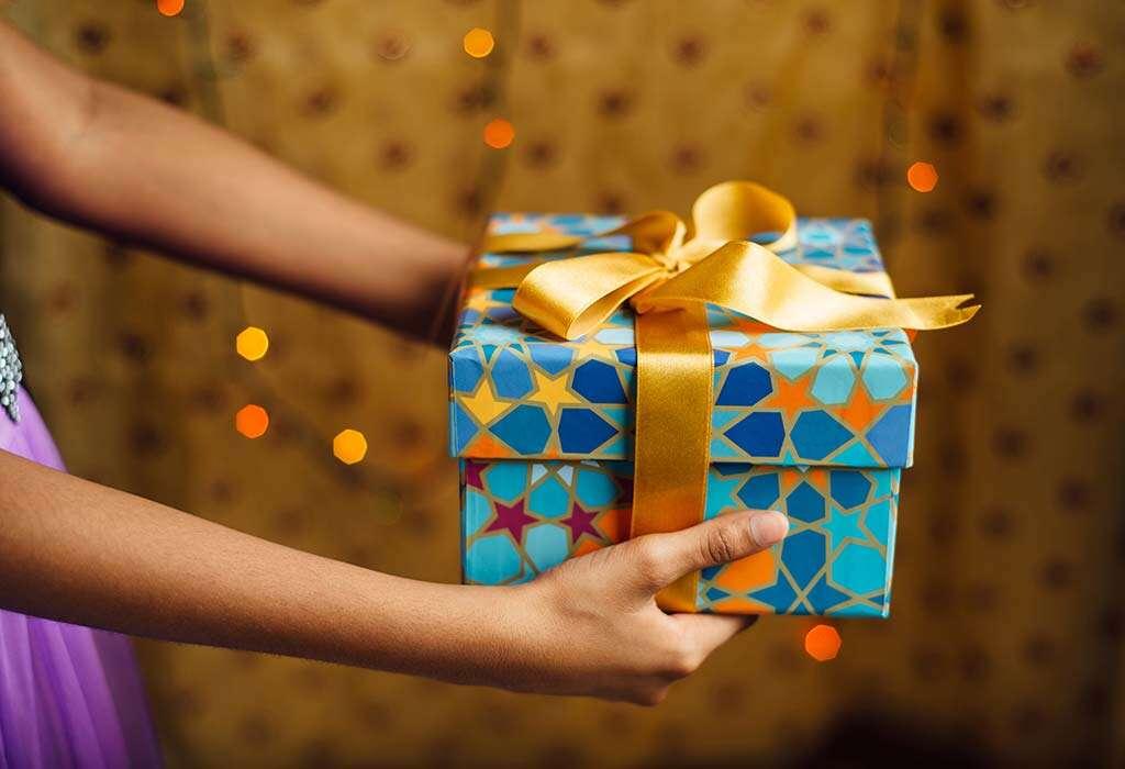 Buy her an Eid gift