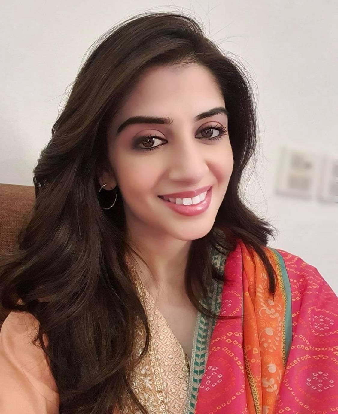 Sana Javed Sister